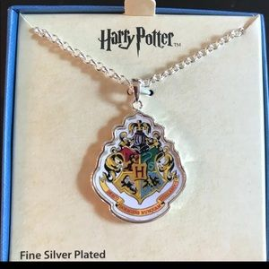 Jewelry - NEW Harry Potter Hogwarts Necklace